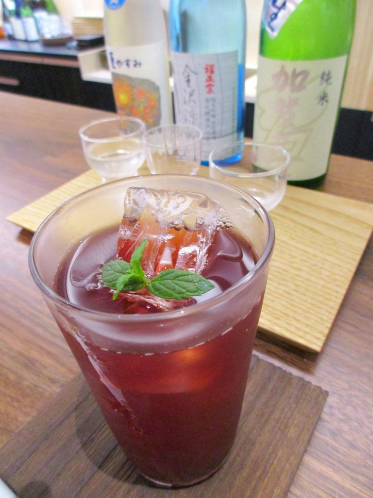 赤酢ザクロジュースと初夏の利き酒とともに