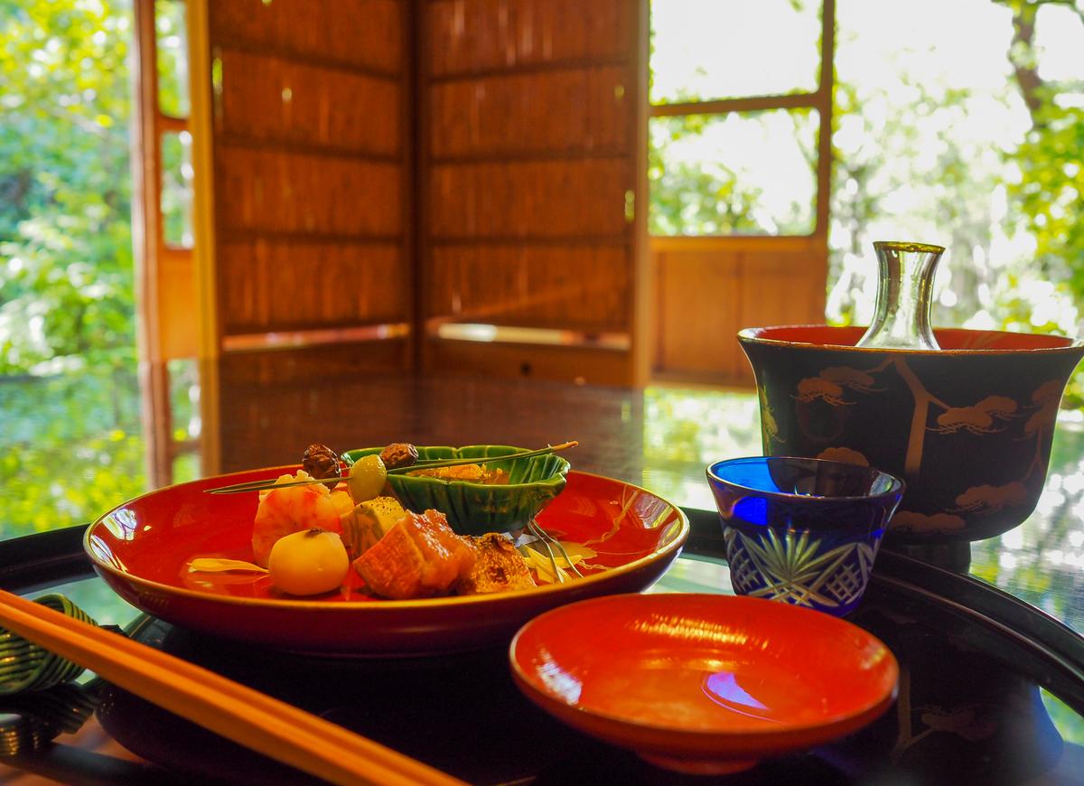 金沢・杉の井穂濤(ほなみ)松風での懐石料理,個室松風でいただく秋の八寸