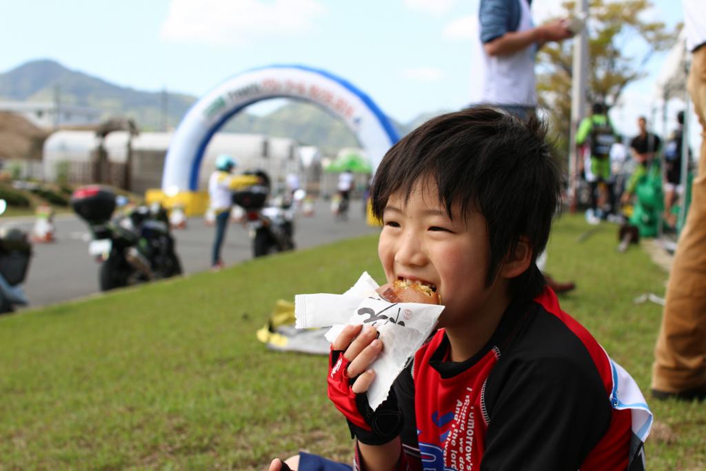 グランツール しまなみ海道 ロードバイク イベント 万田酵素