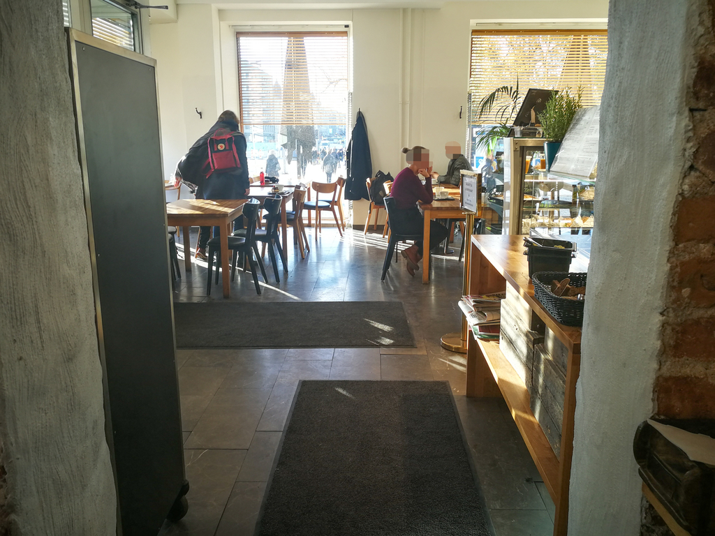 PELLA'S CAFE 店内の様子