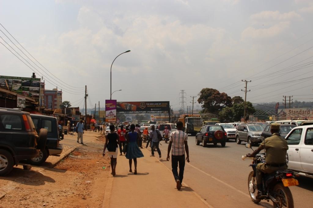 ウガンダ 治安