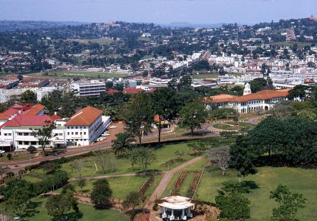 ウガンダ旅行