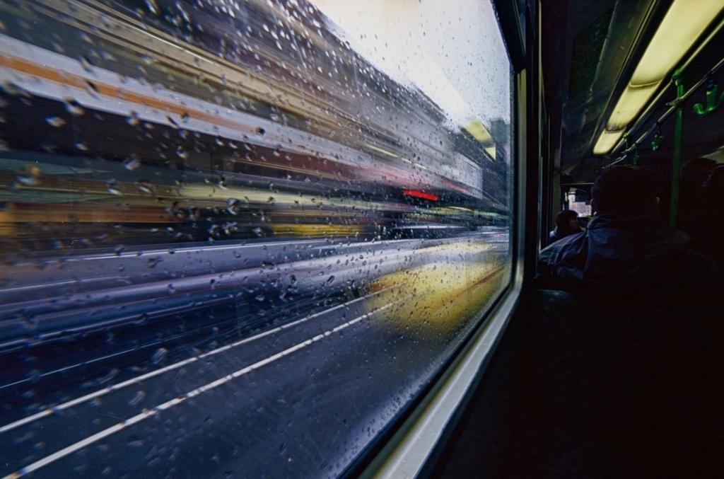夜行バス 過ごし方