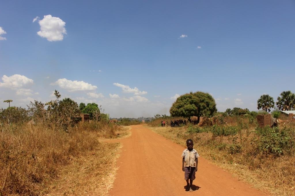 アフリカ 遠い