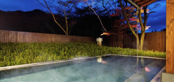 界 鬼怒川 大浴場の露天風呂