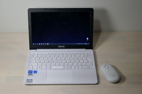 ASUS E202MA Logicool M350
