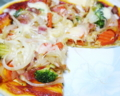 ハムと野菜のピッツァ。