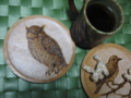 コーヒータイム。「鳥」のコースターが完成!