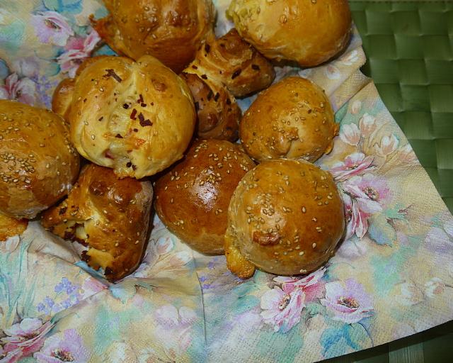 焼き上がりの手作りのパン。今日も出来が良い!