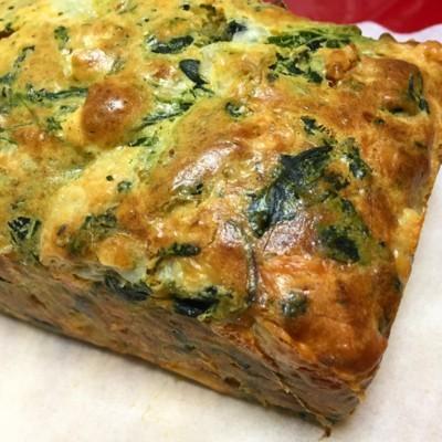 スモークチキンと野菜のケーキ