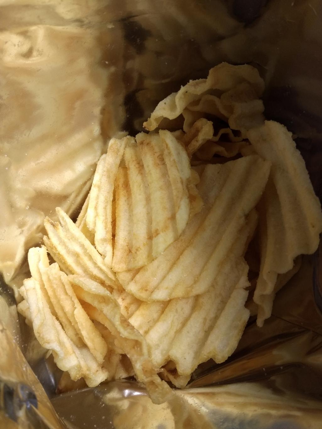 安曇野産わさび味の深切りポテトチップス