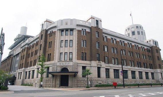 神戸税関上部から見た旧館