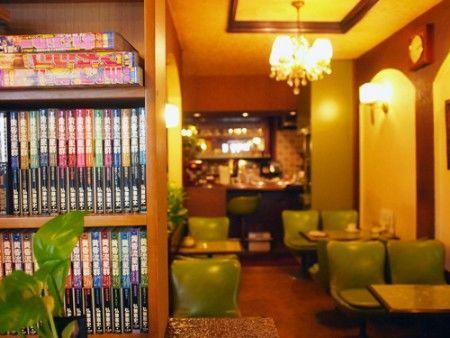 三宮・喫茶セブンの内装