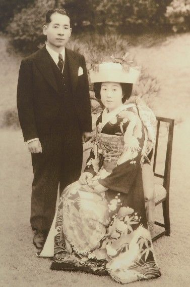 まんぷくモデルの安藤夫妻結婚写真