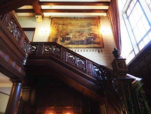 神戸・旧乾邸_住居の階段_横