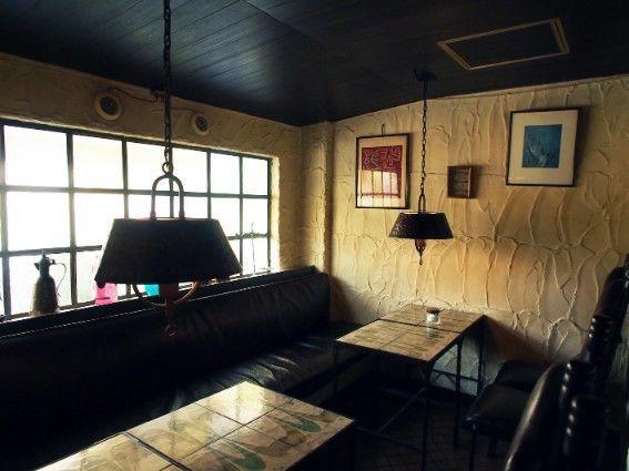 パーラー白薔薇のモデルの喫茶店1
