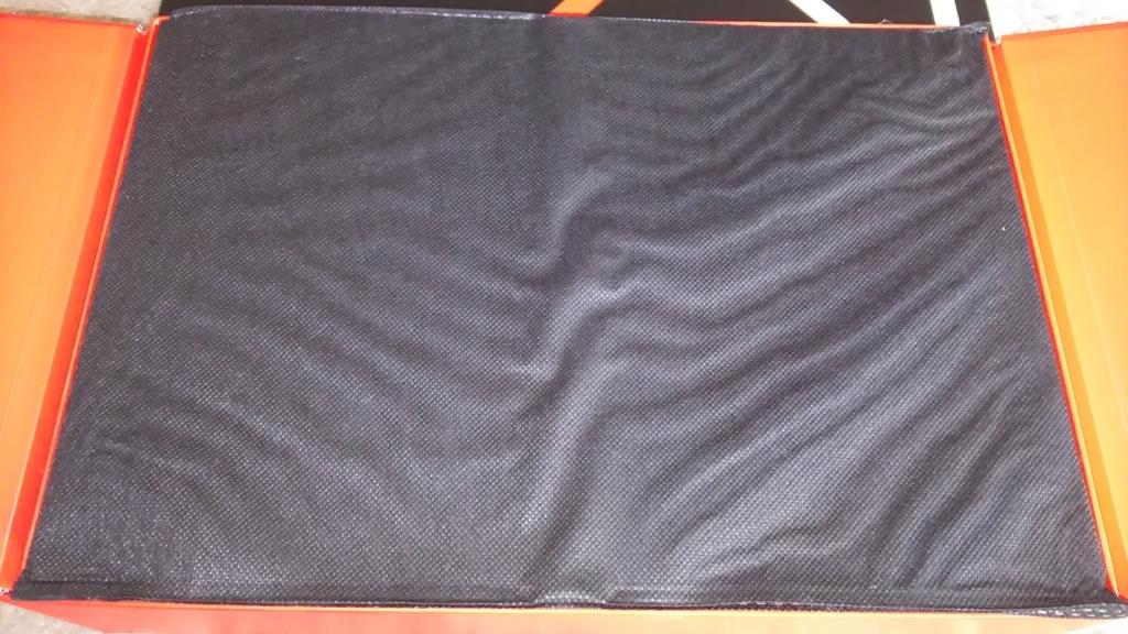 ThinkPad X1 Carbon 外箱