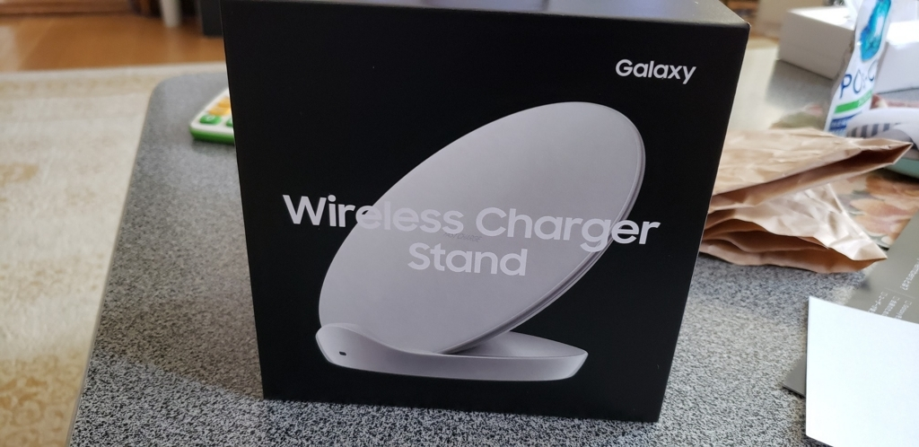 Galaxy Wireless Charger Stand