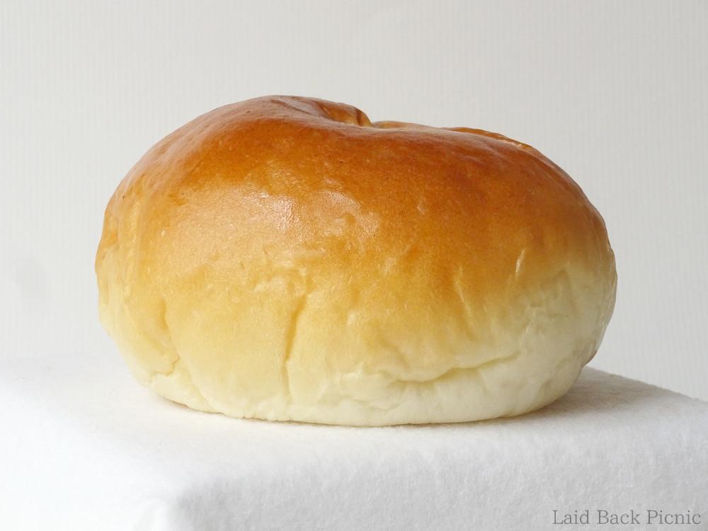 Round shaped anpan
