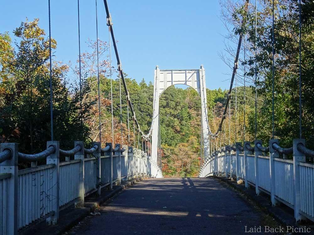 歩行者ようの吊り橋