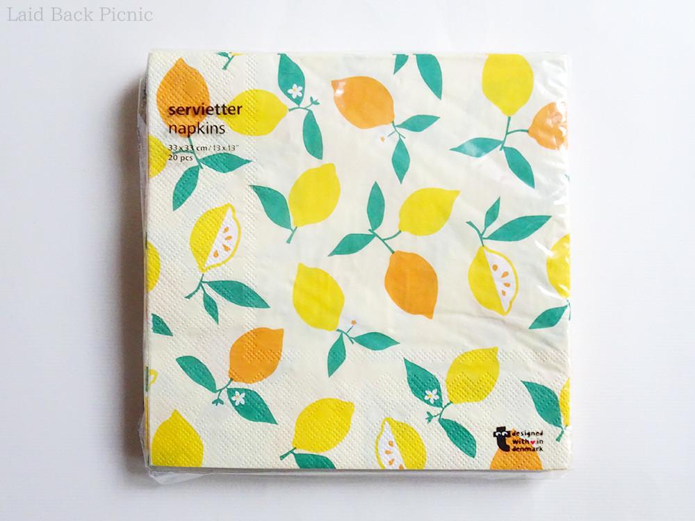 黄色とオレンジで描かれたレモン柄