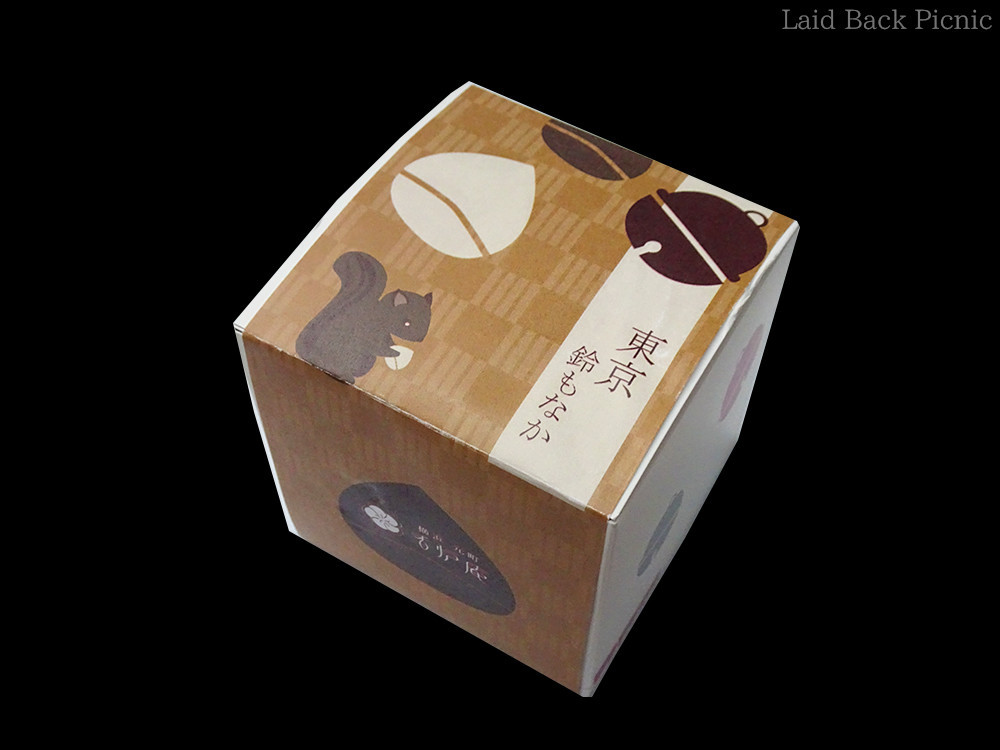 栗がデザインされたパッケージ