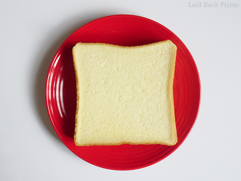 見た目な普通の食パン