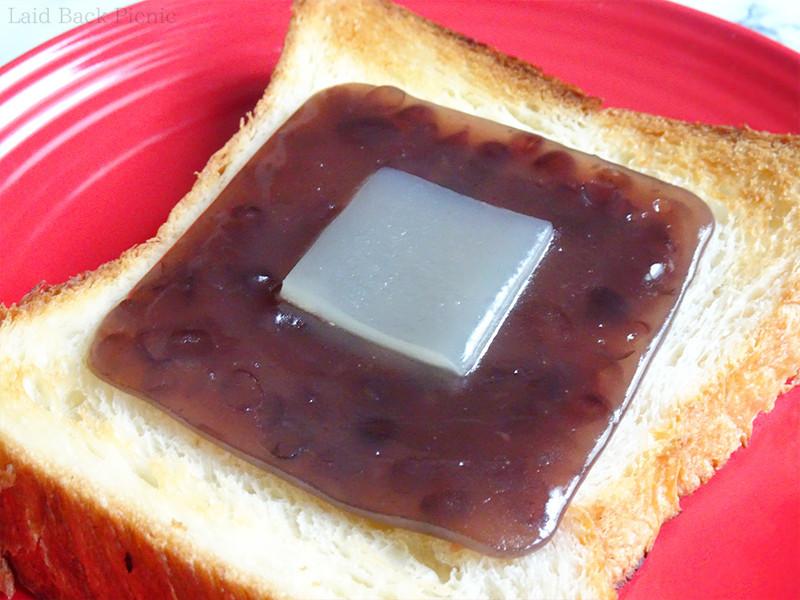 あんトーストの見た目はあまり変わらない