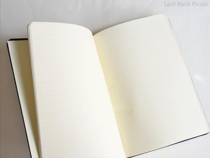 罫線入りノート