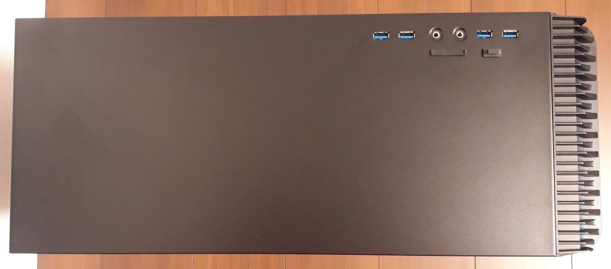 マウスコンピューター|NEXTGEAR i690GA4|上部