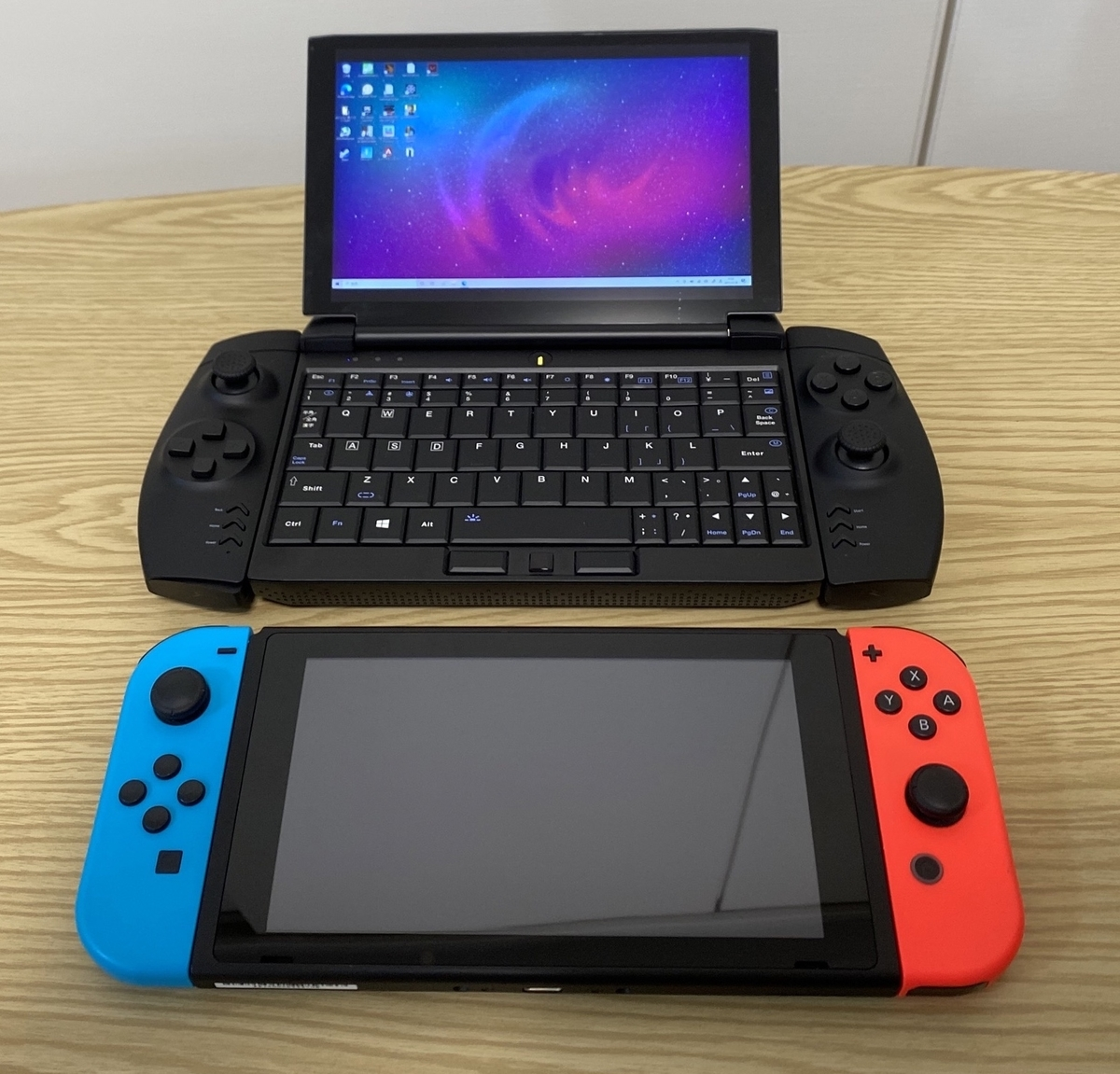 OneGx1 Pro Switchとの比較
