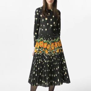 花柄コットンプリーツドレス
