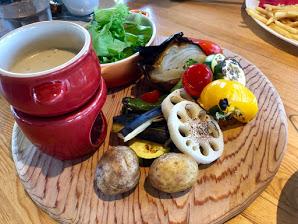 THE FARM CAFE(ザ・ファームカフェ) バーニャカウダ