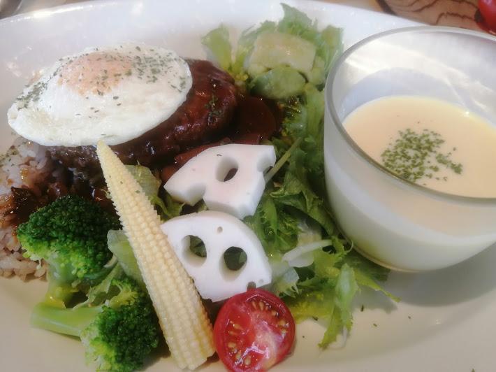THE FARM CAFE(ザ・ファームカフェ) ロコモコ