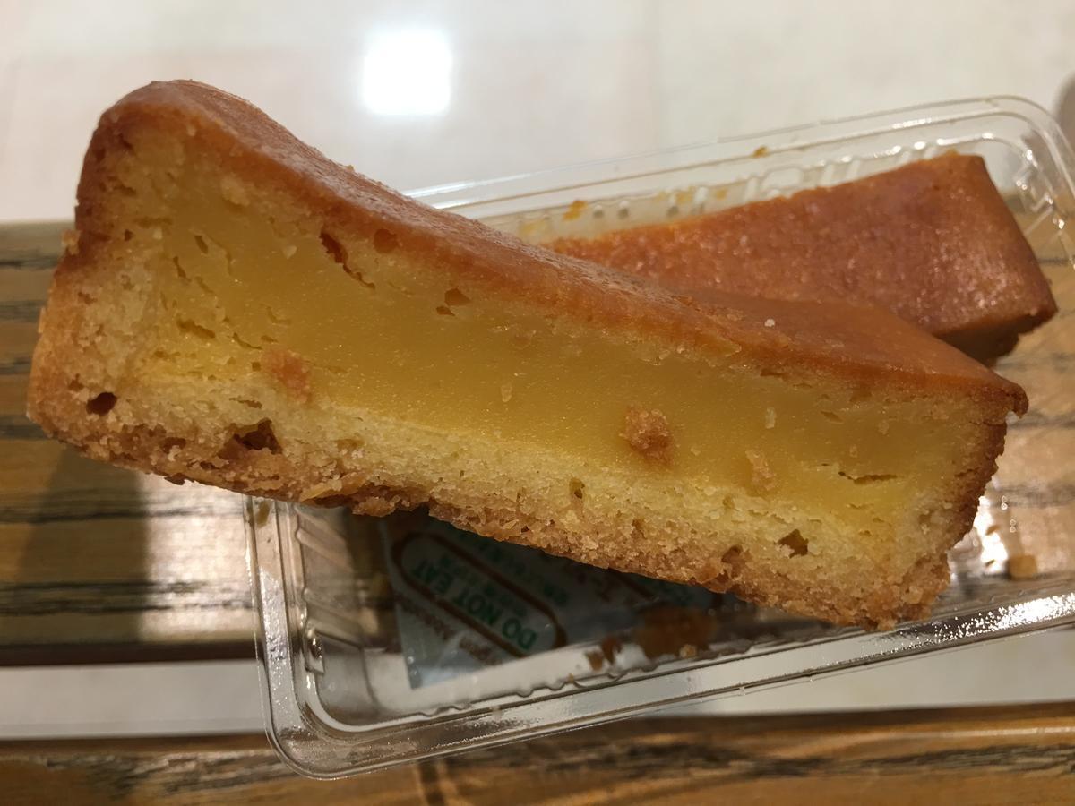 ベークドチーズケーキを横から見たら