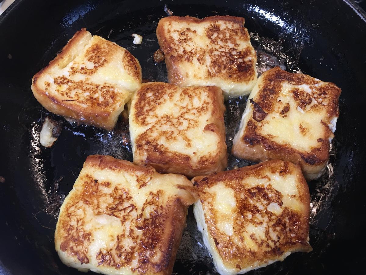 フレンチトーストをフライパンで焼く5