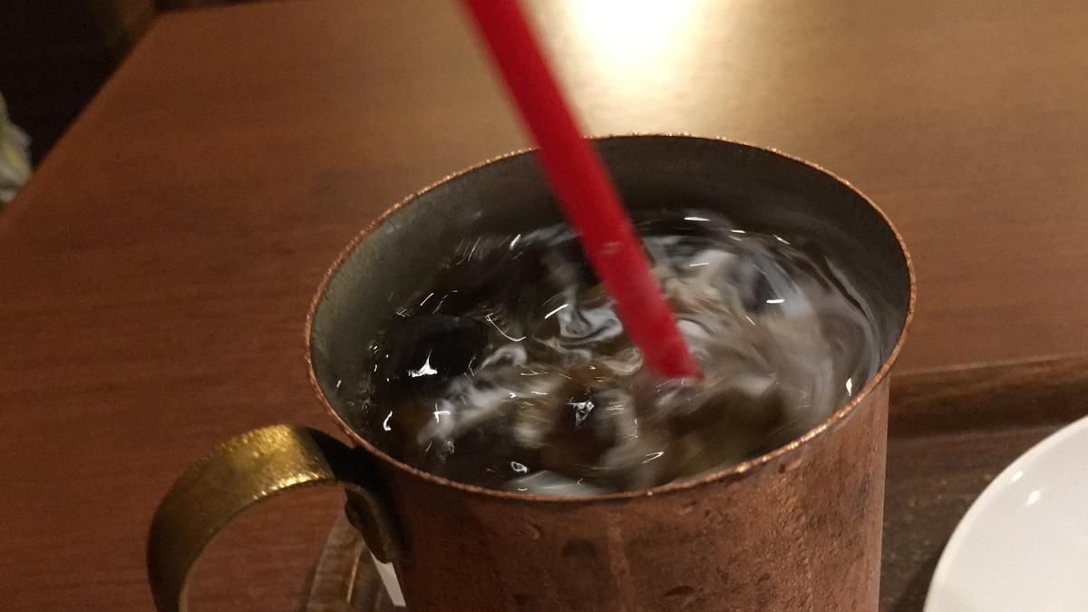 上島珈琲店のアイスコーヒーを飲む11