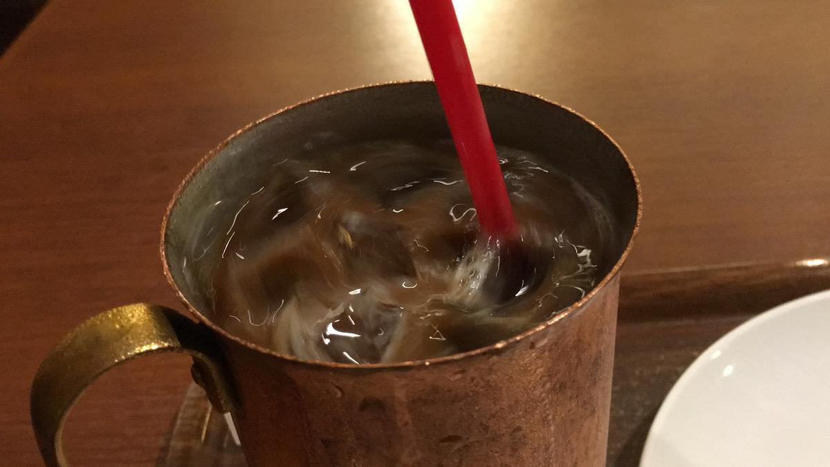 上島珈琲店のアイスコーヒーを飲む13