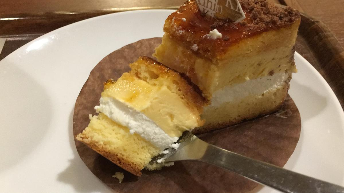 上島珈琲店のくちどけブリュレを食べる16