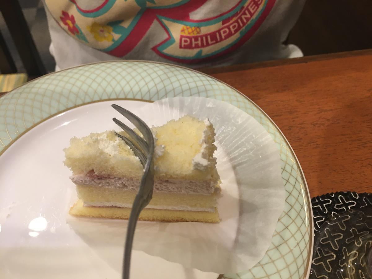 ショートケーキを食べるぞ