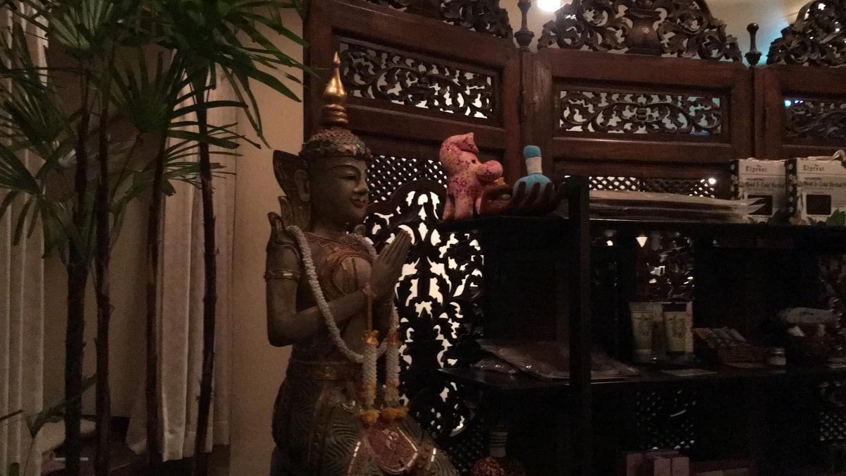 タイ式マッサージ「アユタヤ・梅田本店」の店内風景