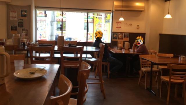 船場カリーの店内(タピオカ仮面)
