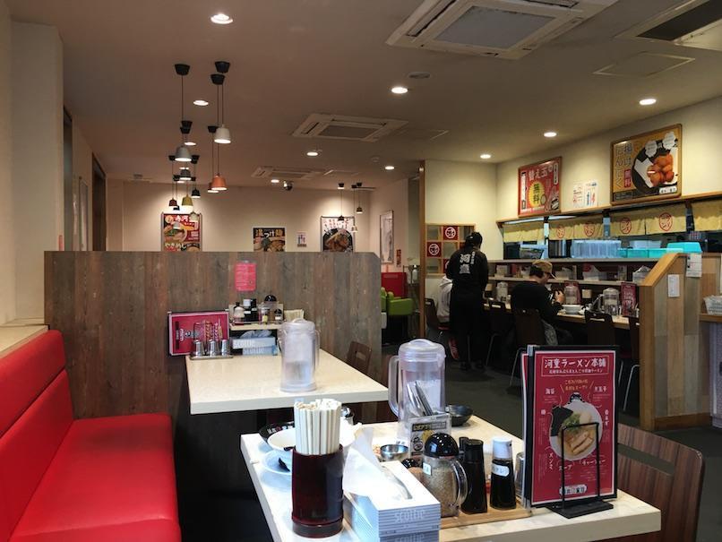 大坂千日前・河童ラーメン本舗の店内