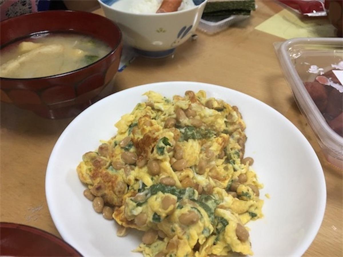 納豆スクランブルエッグ納豆定食