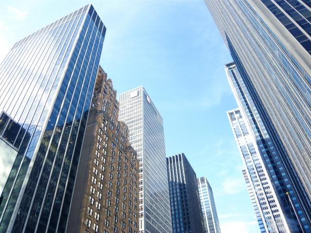 大手企業のビル群
