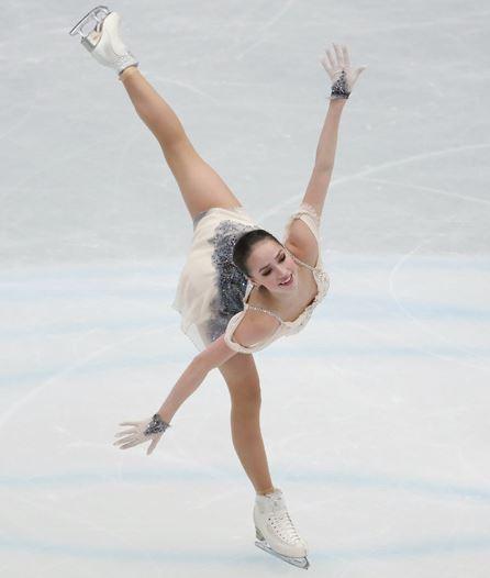女子フィギュア選手のアリーナ・ザギトワ