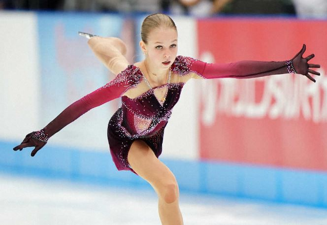 女子フィギュア選手のアレクサンドラ・トゥルソワ