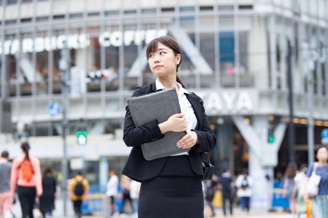 簿記3級を取って未経験の経理の就職活動をしている女子
