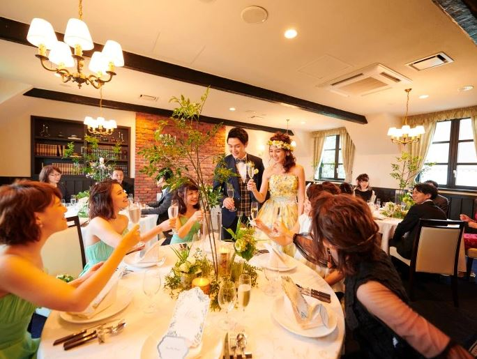 富良野で少人数の結婚式におすすめの披露宴会場