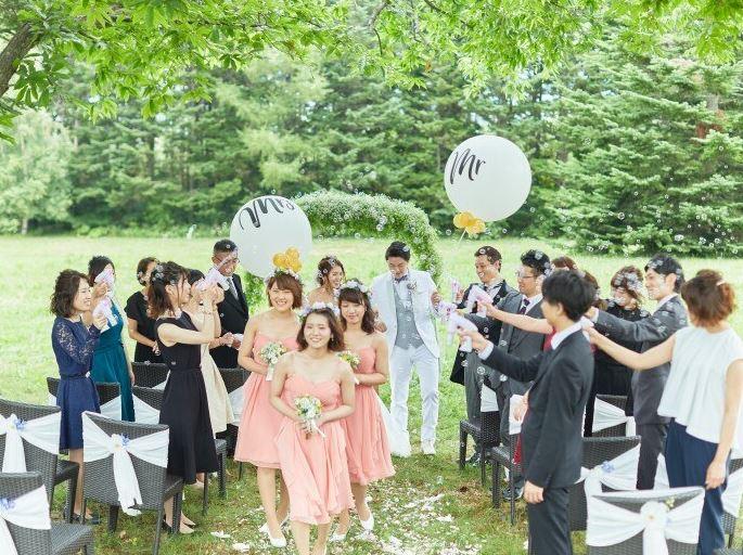 富良野で少人数の結婚式におすすめのイルムの丘のチャペル